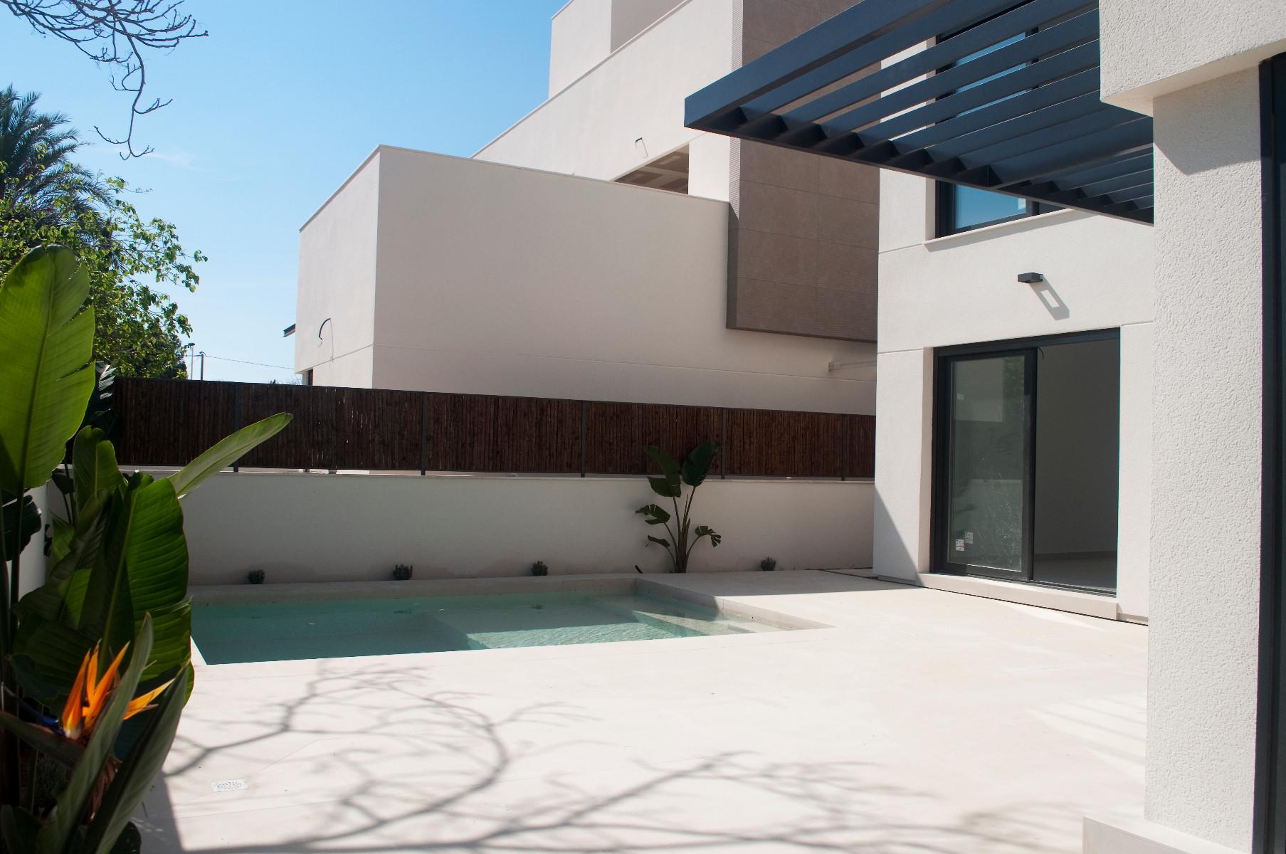 3 bed Villa in La Marina image 5
