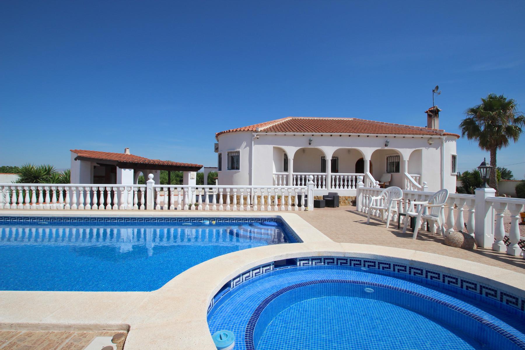 Ref:KT-54845 Country estate For Sale in Almoradi