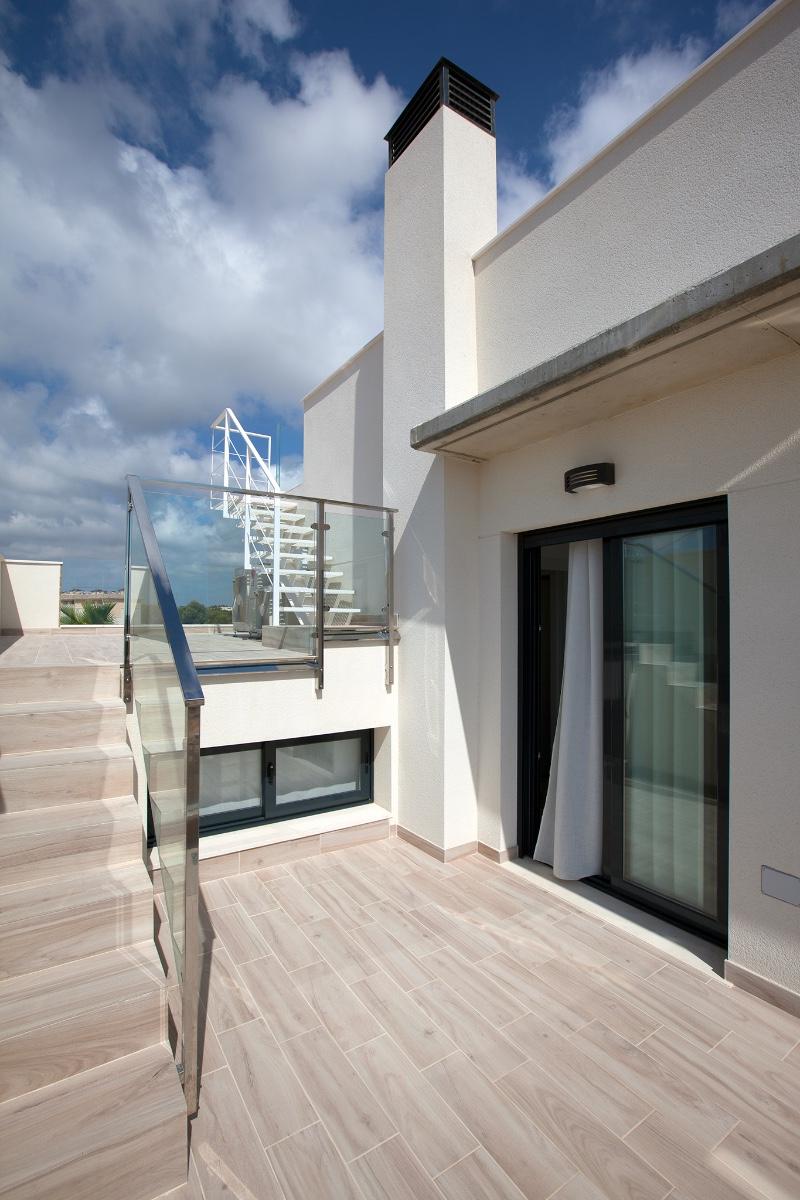 3 bed Villa in Cabo Roig image 24