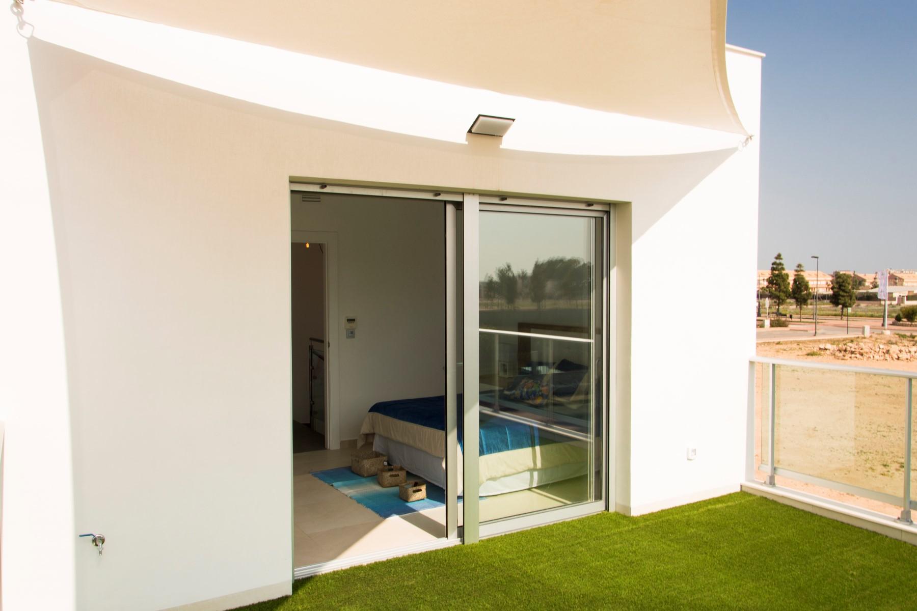 3 bed Villa in Los Alcázares image 9