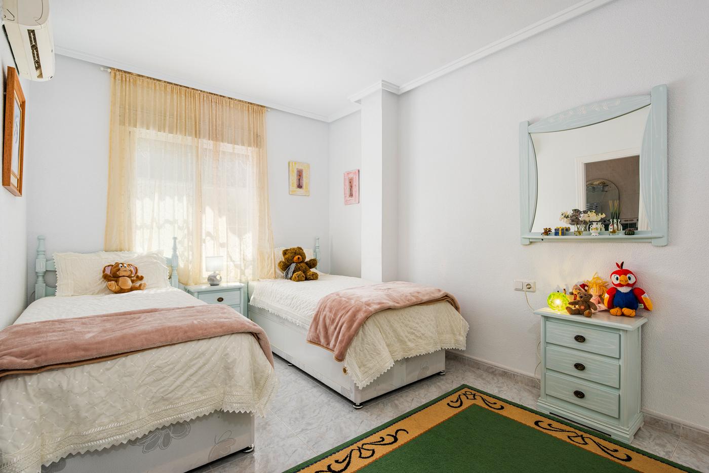 5 bed Villa in Ciudad Quesada - Rojales image 17