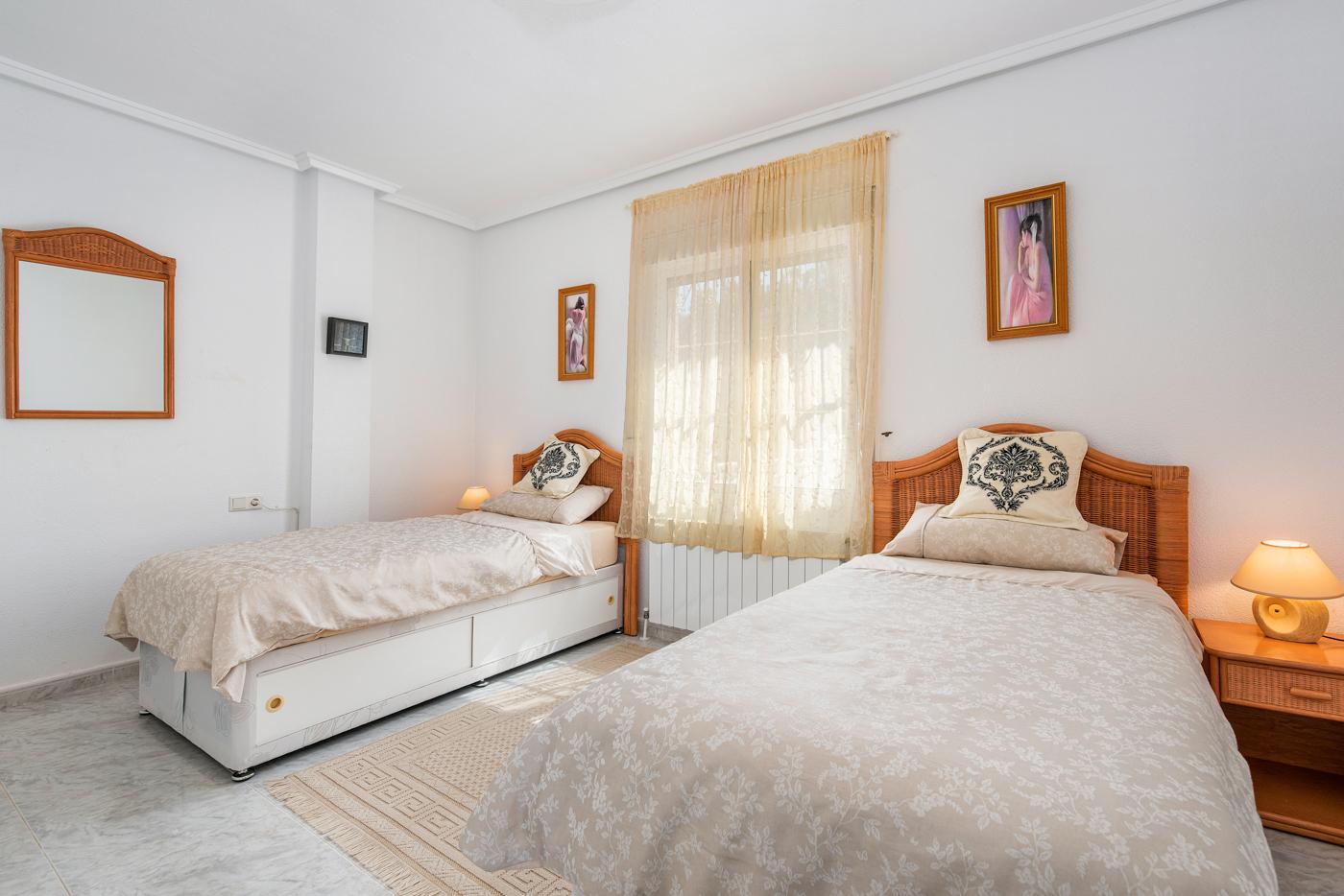 5 bed Villa in Ciudad Quesada - Rojales image 23