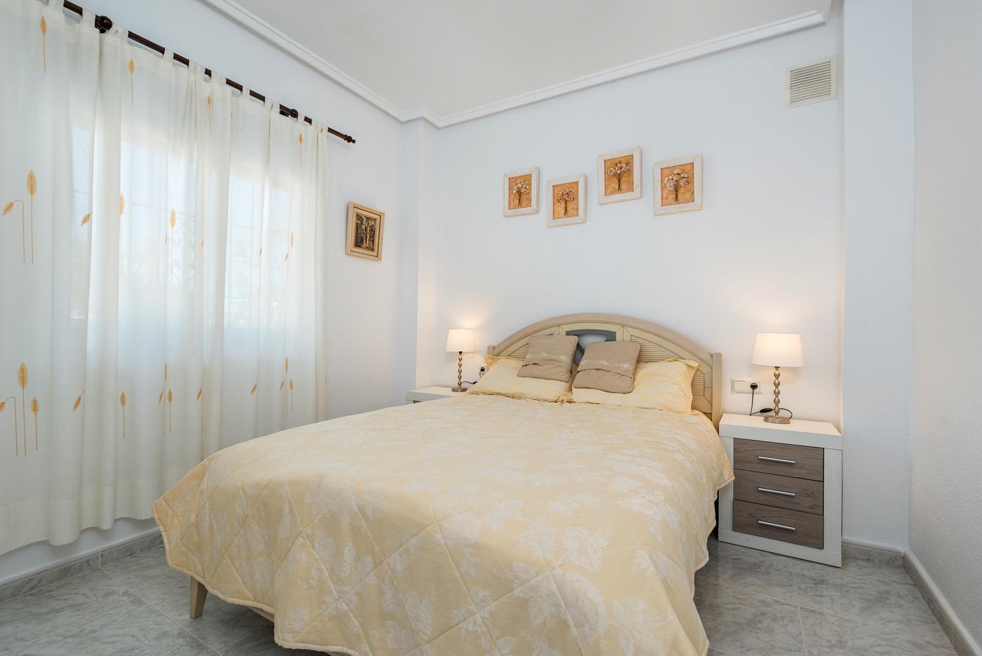 5 bed Villa in Ciudad Quesada - Rojales image 15