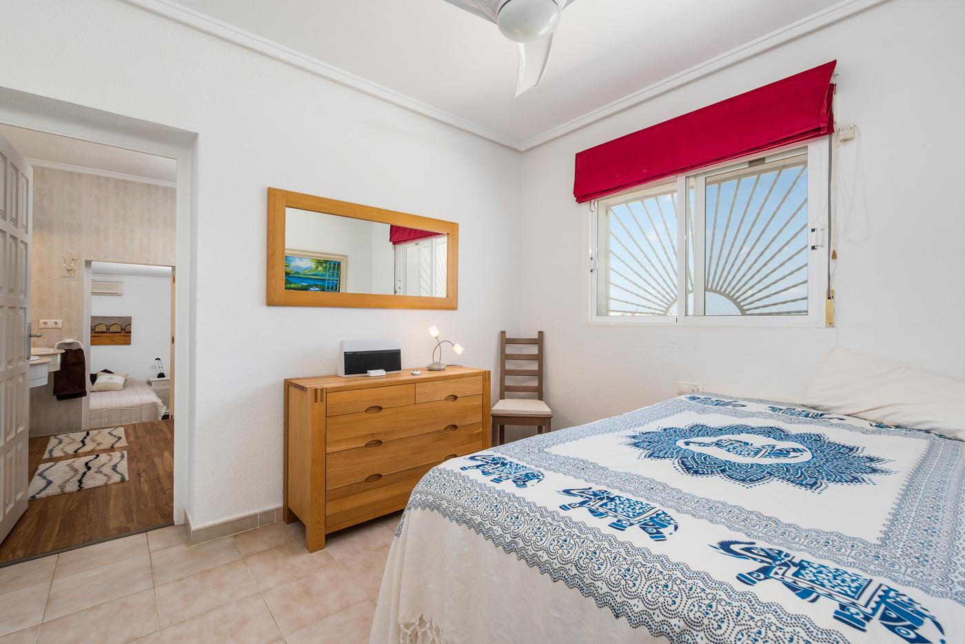 4 bed Villa in Ciudad Quesada - Rojales image 10