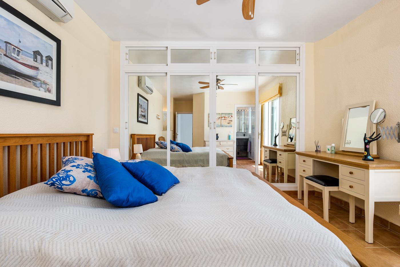 4 bed Villa in Ciudad Quesada - Rojales image 17